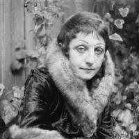 Weiss, Ruth